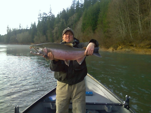 Salmon fishing in washington state book your trip today for Kings river fishing